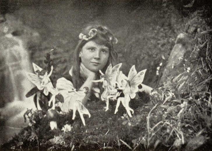 <i>The Coming of the fairies</i>, d'Arthur Conan Doyle, photographie d'Elsie Wright et Frances Griffiths (1922)